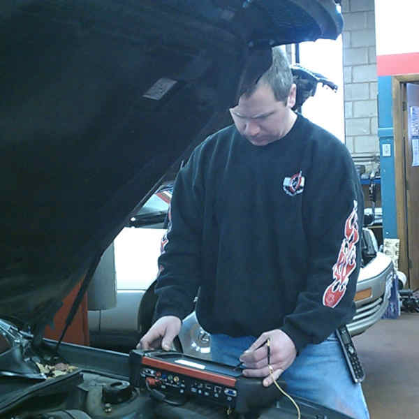 Dan Murray of Colonial Auto Service